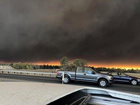 News Wrap: Rapid wildfire sparks California emergency