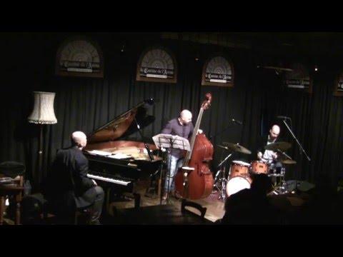 Daniele Gorgone trio feat Aldo Zunino - Manhattan Snow