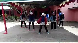 Video dance closer simple dan mudah dihafal MP3, 3GP, MP4, WEBM, AVI, FLV Juni 2019