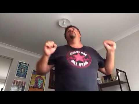 Weirdo dancing