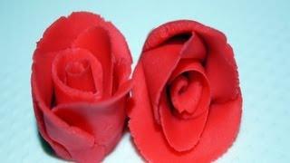Róże i goździki z marcepanu