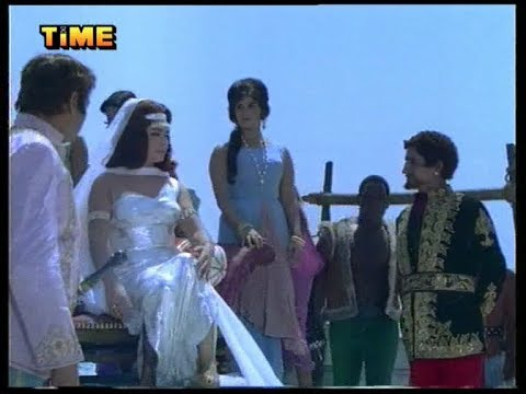 The Queen and Slaves (Movie Scene)