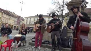 Video Tisíc kroků - Zkřivená píseň