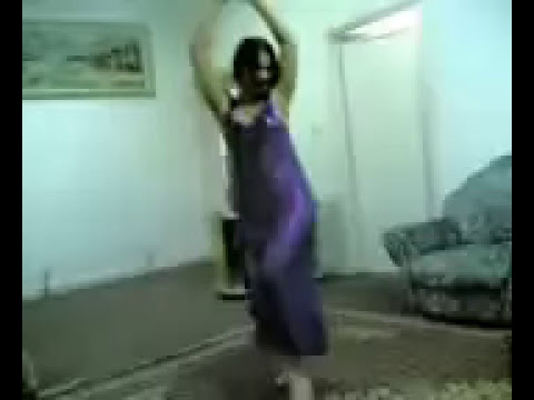 رقص خطير - Arab Girl Dancing Seriously