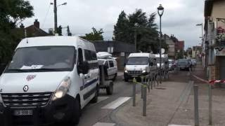 Saint-Etienne-du-Rouvray France  city photo : Un prêtre assassiné. Saint-Etienne-du-Rouvray/France - 27 Juillet 2016