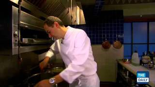 Full recipe: http://bit.ly/x4YSVJ The star chef of New York's Eleven Madison Park shows us how to prepare chicken velouté.