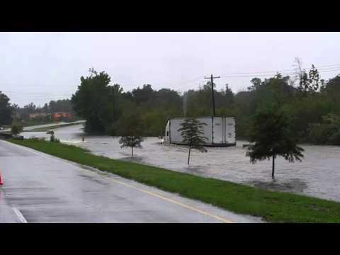Semi gives no fucks, SC Flood
