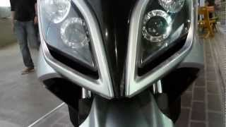 10. kymco Downtown 300i 2013 colombia