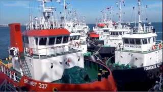 Video Loading of 16 Tugboats in Singapore. Part 1, from Brumby Shipholdings, filmed by Studio 8 Pte Ltd MP3, 3GP, MP4, WEBM, AVI, FLV Agustus 2018