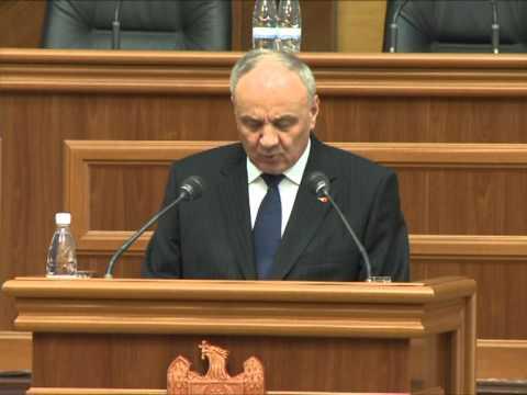 Președintele Nicolae Timofti a adresat un mesaj Parlamentului