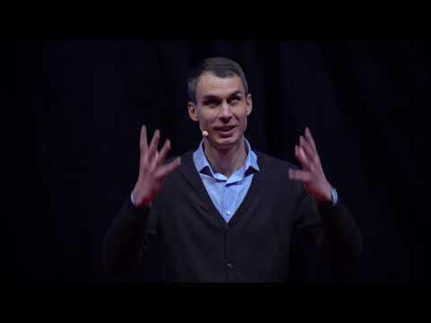 A bennünk élő szamuráj | Szabó Erik | TEDxDanubia