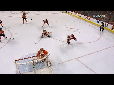 Video: Red Wings' Larkin sets up nice Frk'n goal
