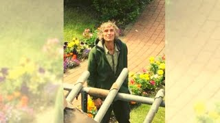 Video Some Roofers Offered This Homeless Guy A Job, And He Soon Showed Them His True Colors MP3, 3GP, MP4, WEBM, AVI, FLV Maret 2018
