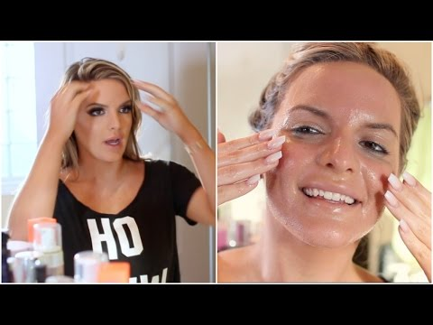 HOW I TAKE OFF MY MAKEUP! | Casey Holmes