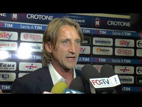 Crotone Napoli 1-2. Crotone senza marcature non dribbla la sconfitta