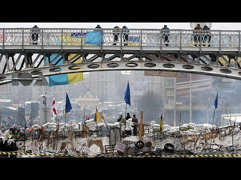 Kyiv protesters brave the cold as political tug-of-war continues