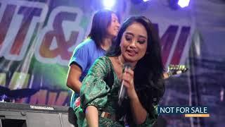 Video Surga Di Telapak Kaki Ibu Anisa Rahma Dan Rena KDI MP3, 3GP, MP4, WEBM, AVI, FLV Juli 2018