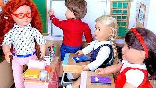 Video Baby doll back to school with new doll dress uniform ! 🎀 MP3, 3GP, MP4, WEBM, AVI, FLV September 2018