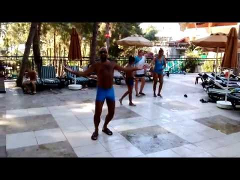 Video Dancer Man Musa.... download in MP3, 3GP, MP4, WEBM, AVI, FLV January 2017