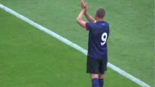 Podolski verabschiedet sich von den Fans des 1. FC Köln