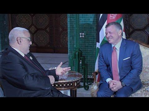 العاهل الأردني يستقبل رئيس الحكومة ورئيسي مجلسي البرلمان