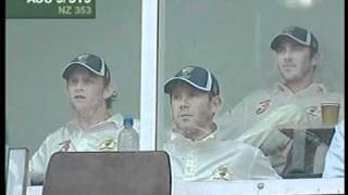 Video Glenn McGrath 61 & Jason Gillespie partnership - thrash NEW ZEALAND MP3, 3GP, MP4, WEBM, AVI, FLV Maret 2019