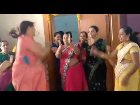 Video Shantabai DJ song women Dance: WhatsApp Funny Video download in MP3, 3GP, MP4, WEBM, AVI, FLV January 2017