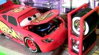 Video Disney Cars Lightning McQueen Tire Rack Edition 1:24 Scale Diecast by TOYS CLUB Car Toys for Kids MP3, 3GP, MP4, WEBM, AVI, FLV Juni 2017