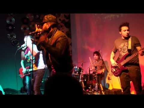 Animal X feat. J.Yolo - Unii dintre noi LIVE - Concert Cluj Euphoria Music Hall (видео)