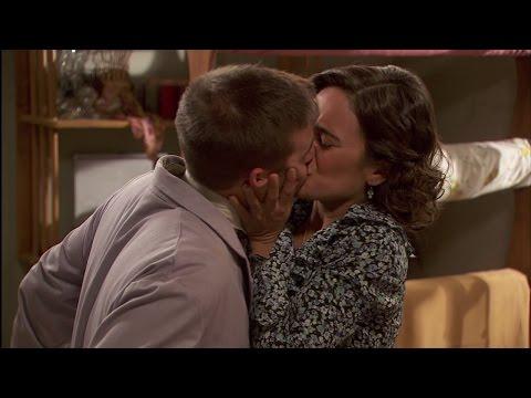 il segreto - il bacio tra gracia e hipolito