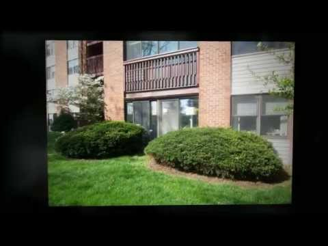 Home for Sale in St Louis: 590 Sarah Lane #103, Creve Coeur MO 63141 MLS#:12019732