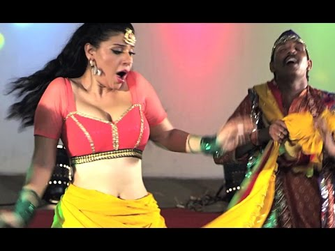 Jawani Siti Mare | Bhojpuri Hot Song |  Patna Se Pakistan:  Movie : Patna Se PakistanSong Name : Jawani Siti MareSinger : Kalpna, Dinesh Lal YadavLyricist : Pyare Lal YadavMusic Director : Rajesh - RajnishDirector :  Santosh MishraProducer: Ananjay RaghurajPresenter : Aadi Shakti Entertainment Pvt Ltd. & Trimurti Entertainment MediaBanner : Ananya Craft & VisionsStar Cast : Dinesh Lal Yadav, Kajal Raghwani, Amrapali Dubey, Sushil Singh, Ashok SamarthMusic On  : Aadi Shakti Audio - Worldwide Records Bhojpuri (div)http://www.facebook.com/WorldwideRecordsBhojpuriDownload Caller Tune On Your MobileFor Airtel  : Dial 5432114684541 and follow instructionsFor Vodafone  :Dial 5376108457 and follow instructionsReliance  :Dial 595023091 and follow instructionsTATA Docomo  : Dial 5432116108457 and follow instructionsTATA Indicom  :SMS 6108457 to 12800 and follow instructionsIdea   :SMS 6108457 to 56789 and follow instructionsBSNL East & South :SMS BT space 6108457 to 56700and follow instructionshttp://gaana.com/album/patna-se-pakistanhttp://itunes.apple.com/in/album/patna-se-pakistan-original/id971812612 For latest Bhojpuri Movies and Songs, don't forget toSubscribe to us on Youtube: http://goo.gl/wbTmz7Follow us on Facebook: http://goo.gl/FCiyorFollow us on Google: http://goo.gl/Lsnh5N