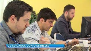Pesquisa aponta que três em cada 10 brasileiros sofrem com estresse no trabalho