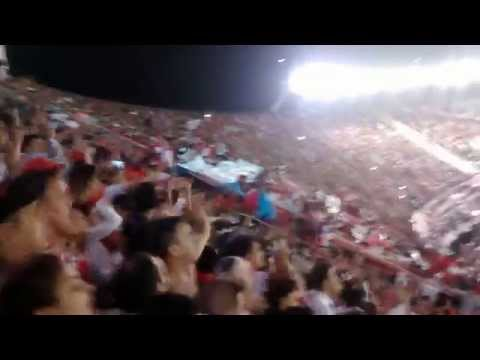 Video - Hinchada de River vs San Jose - ESPECTACULAR ALIENTO - Copa Libertadores 2015 - Los Borrachos del Tablón - River Plate - Argentina