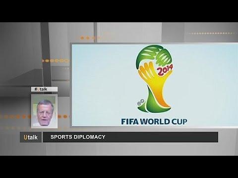 Diplomaten in Fußball-Shorts - utalk