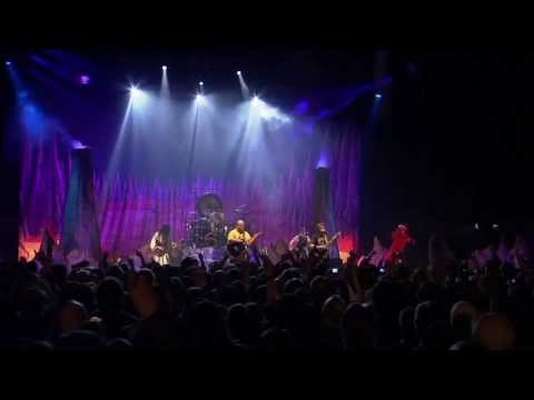 Tribute - Tenacious D - Tribute live Lead vocals, rhythm acoustic guitar: JB - Jack Black Lead acoustic guitar, backing vocals: KG - Kyle Gass Drums: Colonel Sanders -...