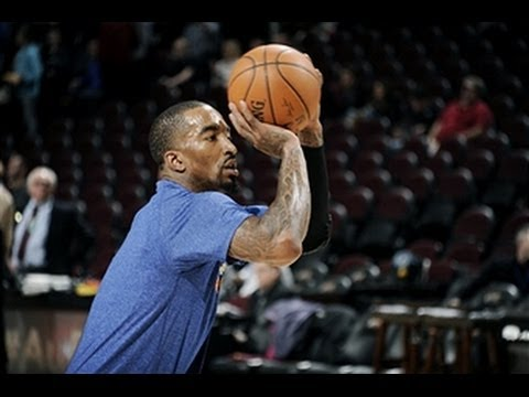 Video: JR Smith Goes Off the Backboard to Amar'e Stoudemire for the Lay