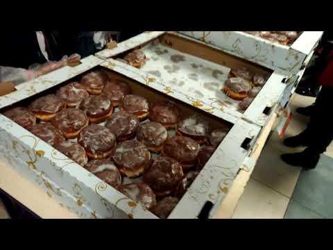 Wideo1: Akcja Pączki do Rączki w SP nr 5 w Lesznie
