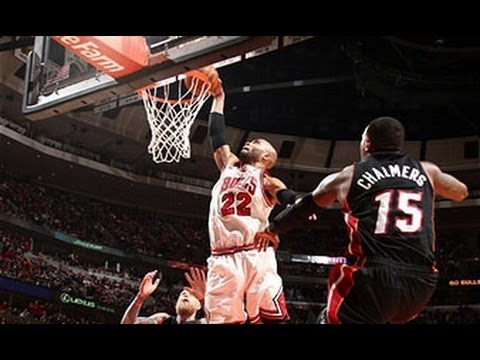 Video: Jimmy Butler's Defense Leads to the HUGE Taj Gibson Slam