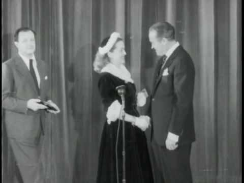 Mankiewicz - Bette Davis and Joseph Mankiewicz win LOOK Awards Has a little cute banter between Bette Davis and Bob Hope.