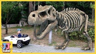 공룡 상황극 모아보기 뼈다귀 공룡이 쫓아와요 Skeleton Dinosaur Attack pretend paly [제이제이 튜브-JJ tube]