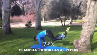 Plancha + rodillas al pecho