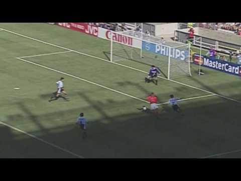 Netherlands - Argentina: Bergkamp Goal 1998 (HD)
