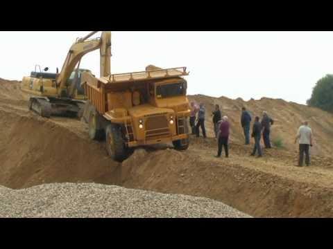 CAT in Sandgrube Davids 2011.mpg