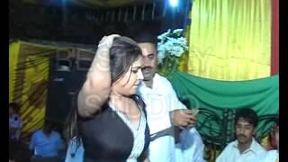 Video Usman mehndi chakwal .flv download in MP3, 3GP, MP4, WEBM, AVI, FLV January 2017