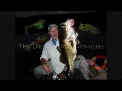 Big Bass FROG Fishing After Dark.wmv
