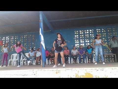 Coreografia baile del shaky niki jam ft daddy yankey