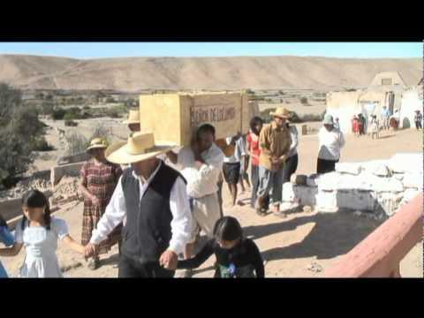 Locumba - Narra la historia de un hermoso Cristo Crucificado que