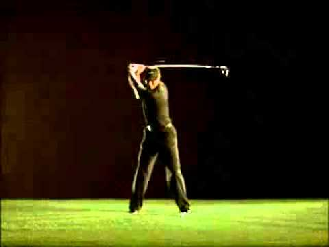 Tiger Woods golf swing in slow motion | TennisHouse.vn