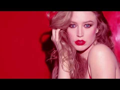 Vídeos de 'Calendario Pirelli 2015: primeras fotos y vídeo del almanaque más seductor'